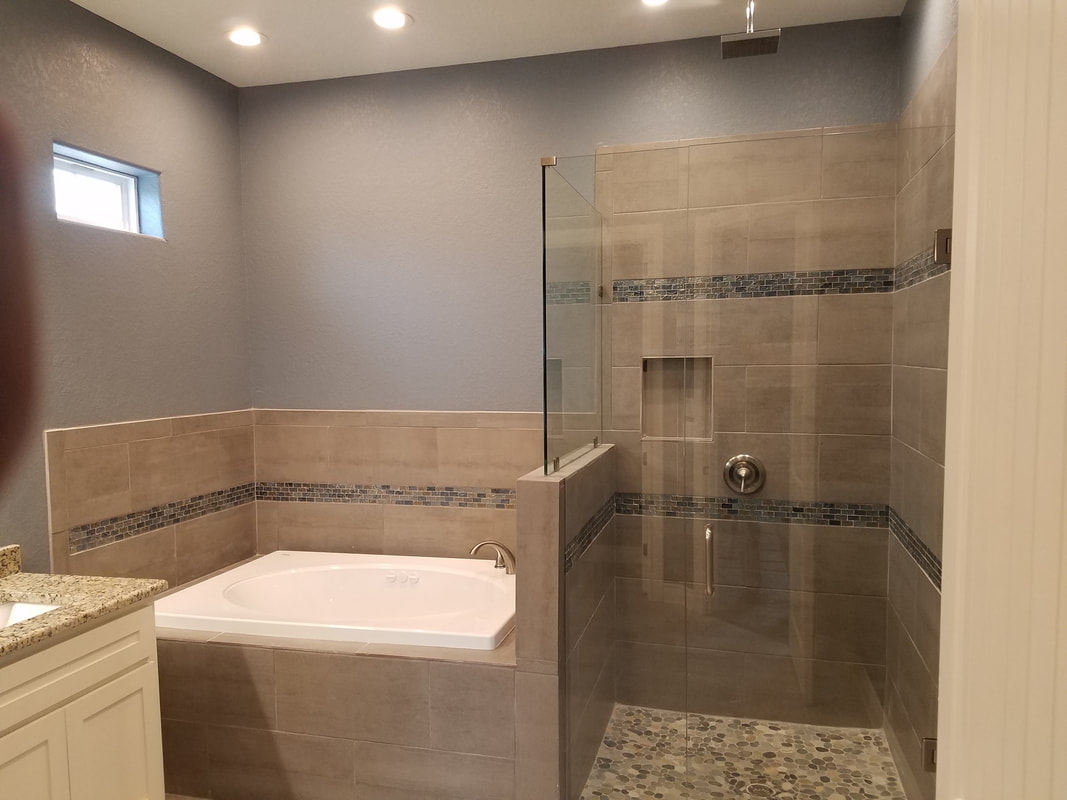 Custom Bathroom By Domain Homecrafters in Pleasanton, Texas